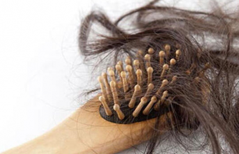 Saç Dökülmesi Neden Olur, Nasıl Önlenir?