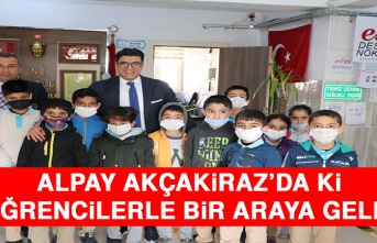 Mustafa Alpay, Akçakiraz'da ki Öğrencilerle Bir Araya Geldi
