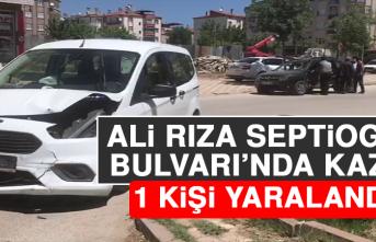 Ali Rıza Septioglu Bulvarı'nda Kaza! 1 Yaralı