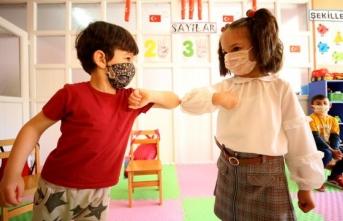 Uzmanlardan yüz yüze eğitim önerisi: Aşılarınızı olun