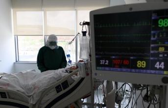 """COVID-19'u atlatan kişilerin şikayetleri """"fizyoterapi"""" ile iyileşiyor"""
