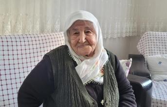 106 yaşında koronavirüsü yendi: Aşı olduğum için hastalandığımı anlamadım bile