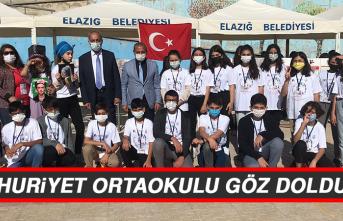 Cumhuriyet Ortaokulu Göz Doldurdu