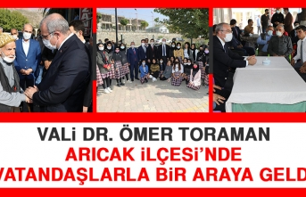 Vali Dr. Ömer Toraman Arıcak İlçesi'nde Vatandaşlarla Bir Araya Geldi