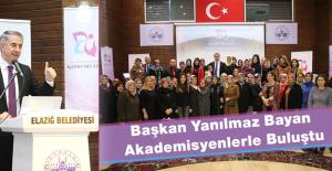 'Kadın Buluşmaları' Programı Düzenlendi