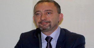 CHP Genel Başkan Adaylığını Açıkladı