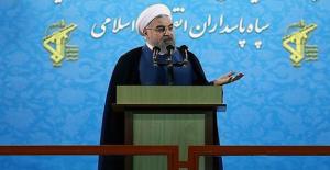 """Ruhani'den """"ABD izole edildi"""" Açıklaması"""
