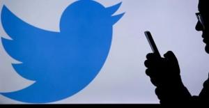 Twitter komplo teorisyeni Jones'un hesaplarını kapattı