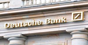 Deutsche Bank 4 Yıl Sonra İlk Kez Kar Etti