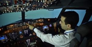 """Havada """"yabancı pilot"""" tercihi geriledi"""