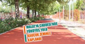 Malatya Caddesi'nde Yürüyüş Yolu Kauçuk Zeminle Kaplandı