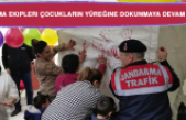 Jandarma Çocukların Yüreğine Dokunmaya Devam Ediyor