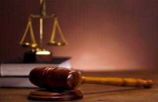ABD'nin ilk Müslüman kadın yargıcı nehirde...