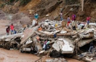 Kolombiya'da Hayatını Kaybedenlerin Sayısı...