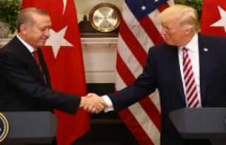 Beyaz Saray: YPG'ye Verilen Silahlar Hakkında...