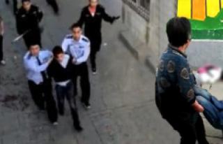 Çin'de Okula Bıçaklı Saldırı: 7 Ölü,...