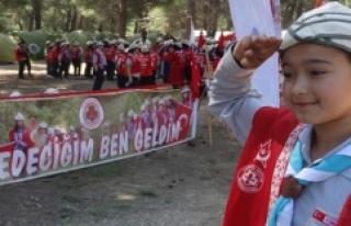 Suriyeli Türkmen Betül'ün Çanakkale Törenine...