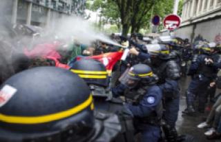 Fransa'da Üniversiteye Polis Operasyonu