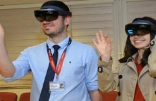 'Hololens' Cerrahi Alanda Kullanılacak