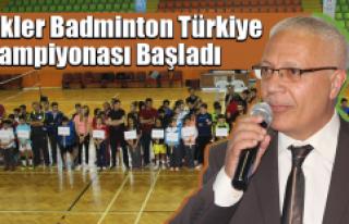 Küçükler Badminton Türkiye Şampiyonası kaç...