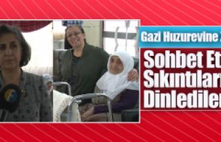 MHP Kadın Kolları, Gazi Huzurevindeki Yaşlılarla...