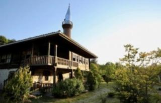 Tarihi Çivisiz Camiler, Turistlerin İlgi Odağı...