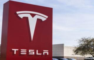 Tesla'nın Batmaması İçin 10 Milyar Dolara...