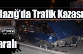 2 Otomobil Çarpıştı ; 2 Yaralı