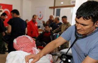 Türkiye Afrin'de Şifa Dağıtıyor