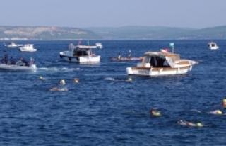 Çanakkale Boğazı Yüzme Yarışması Düzenlendi