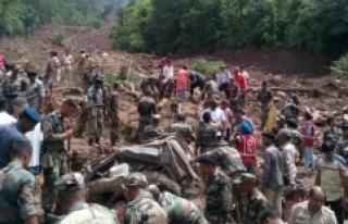 Hindistan'da heyelan: 7 Kişi Hayatını Kaybetti