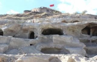 Kapadokya'nın Gizemli Yeraltı Şehirlerinde...