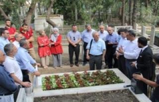 Mehmet Akif Ersoy'un Hocasının Kabri Yenilendi