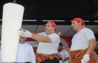Yalova'da 1 Ton Dondurma Dağıtıldı