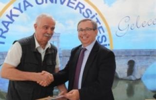 74 yaşında Güzel Sanatlar Fakültesi öğrencisi...
