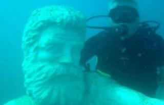 Antalya Kemer'de su altındaki müzeye yeni heykeller...
