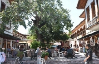 Muğla Arastası'na halk yoğun ilgi gösteriyor