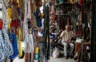 Tarihi Tire Çarşısı eski günlerini arıyor