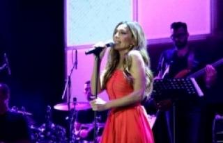 Yunan şarkıcı Despina Vandi İstanbul'da konser...