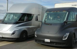 Tesla, Semi Kamyonlarını 2020 Yılında Teslim Edecek