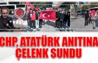 CHP, Atatürk Anıtına Çelenk Sundu