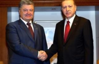 Ukrayna Devlet Başkanı Poroşenko'dan Serbest...