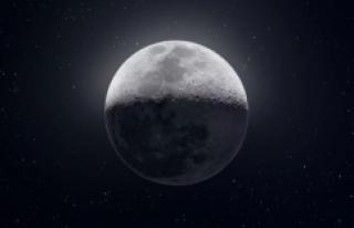Ay'ın 50.000 Fotoğraftan Oluşan 81 MP'lik...