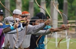 Endonezya'da geleneksel Türk okçuluğuna yoğun...