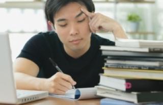İzleyenleri Ders Çalışmaya Motive Ettiğini İddia...