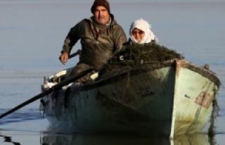 Marmara Gölü'nün yükselmesi balıkçıların...