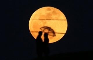 Süper Ay, Bu Gece Türkiye'den Çıplak Gözle...