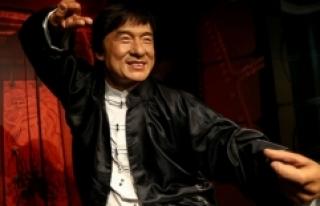 Ünlü aktör Jackie Chan'in bal mumu figürü...