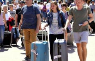 Turist Sayısı Şubat'ta Yüzde 9,4 Arttı
