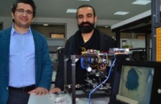 Türk bilim insanlarından kanser hücrelerini üç...